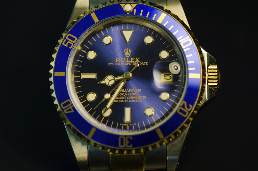 a rolex watches datejust e front men